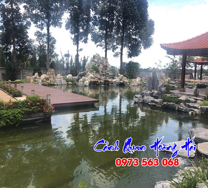 Hồ cá koi biệt thự sân vườn ở Đà Lạt
